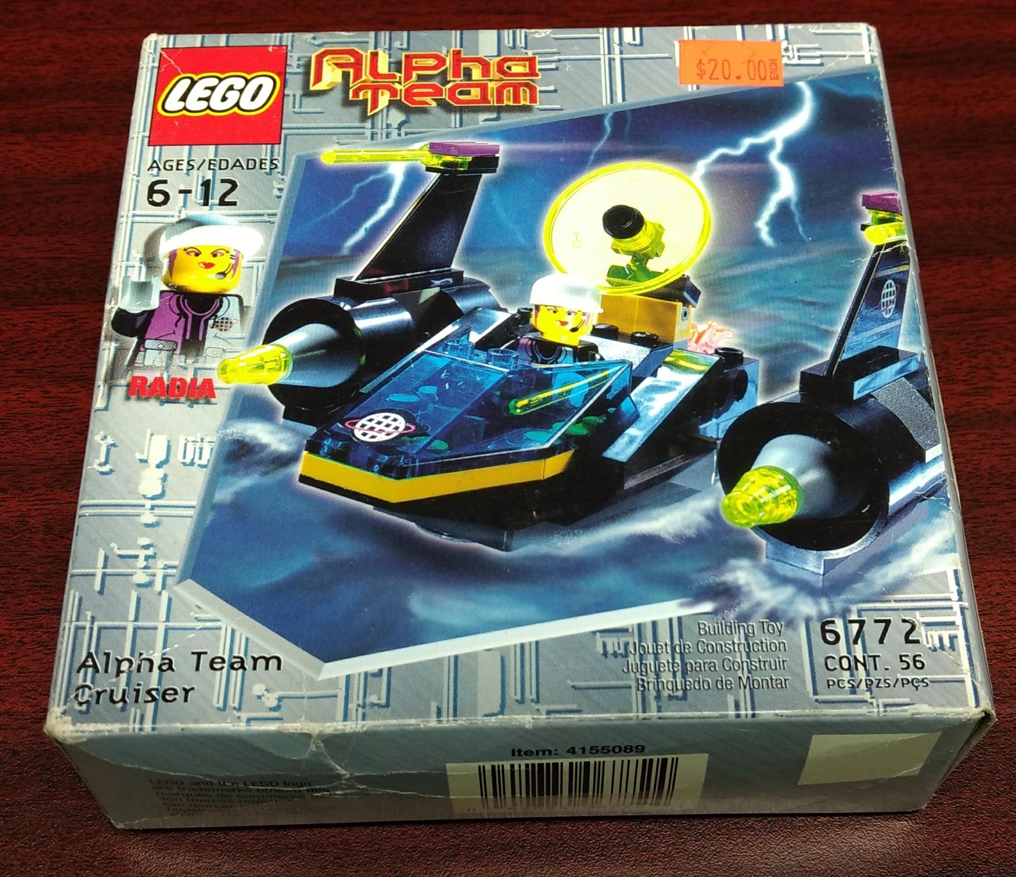 LEGO ALPHA TEAM RADIA MINI FIGURE VINTAGE FROM 6772 ALPHA TEAM CRUISER