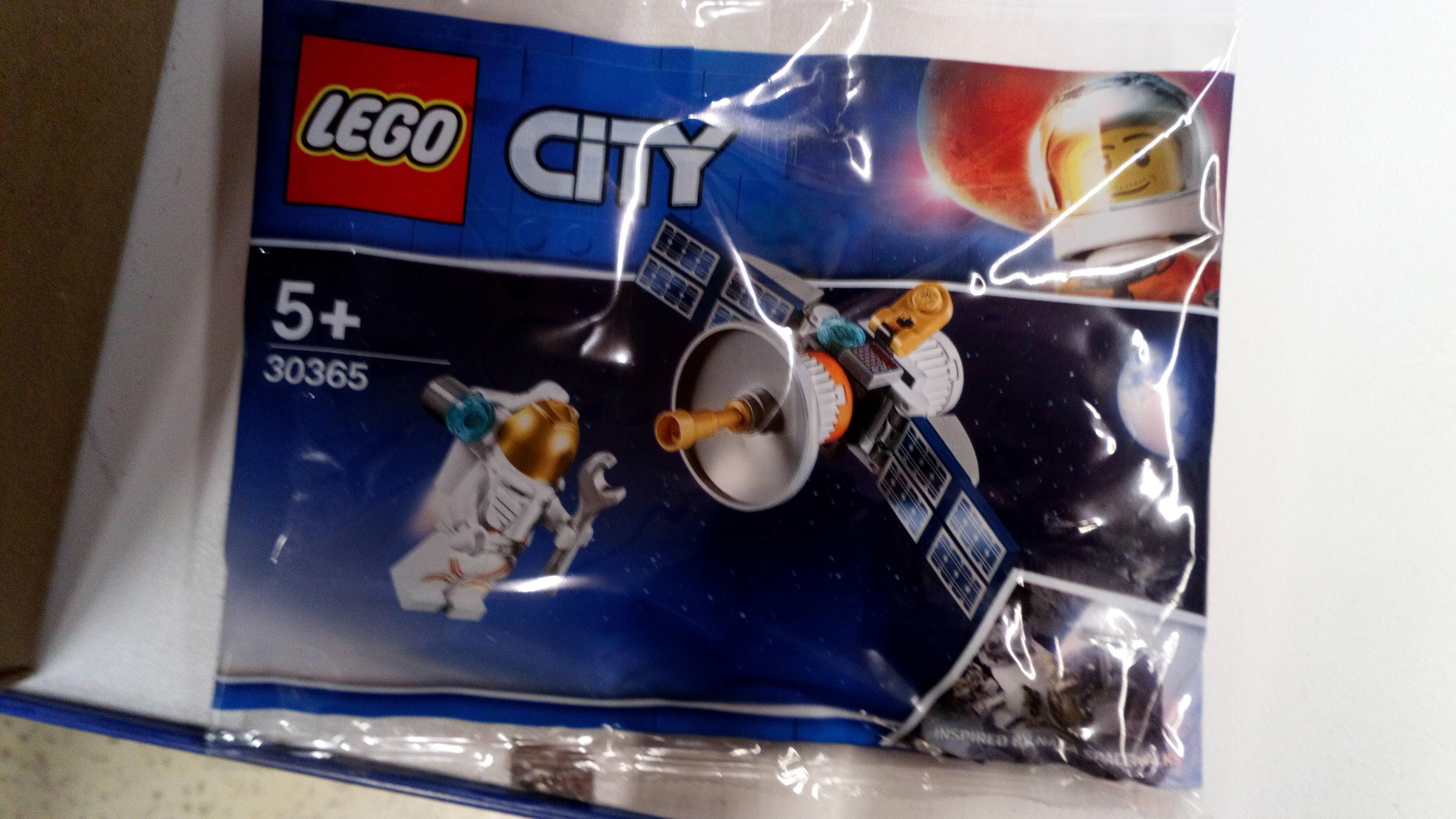 Lego City Mars Exploration Satellite 30365 Polybag Found